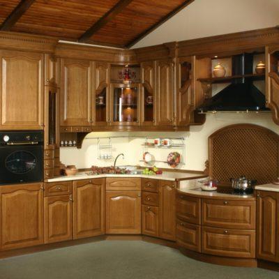 Кухни из массива дерева в Севастополе